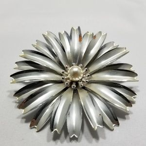 Jewelry - Large vintage custom brooch pin jewelry